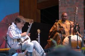 Bela Fleck brings the family for diverse summer of musical fun inColorado
