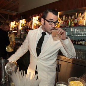 Bitters are back: Craft distillers, mixologists behind the artisan mixerboom